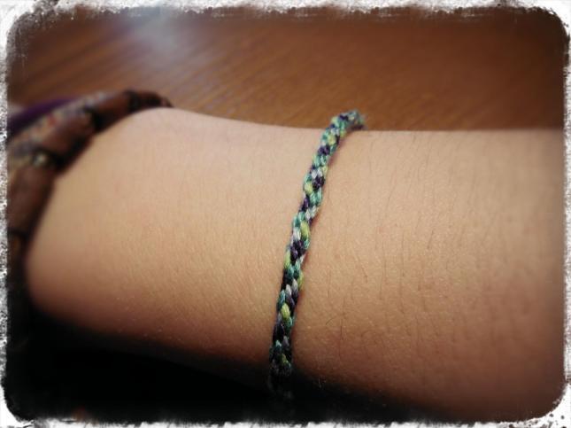 intro_bracelet